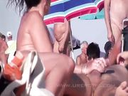 Amatør nudister laver sex på stranden voyeur